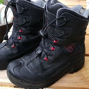 COLUMBIA 200 Gram Waterproof Waterproof Boot